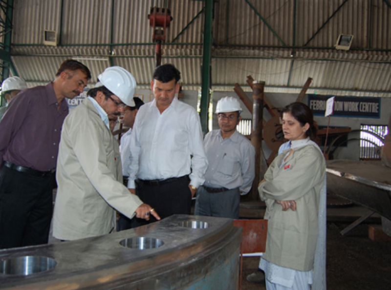 A view of visit of Director UJVNL at GOGOAL workshop