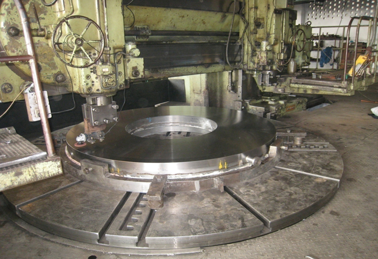 Mirror Disc under Polishing at our work Shop